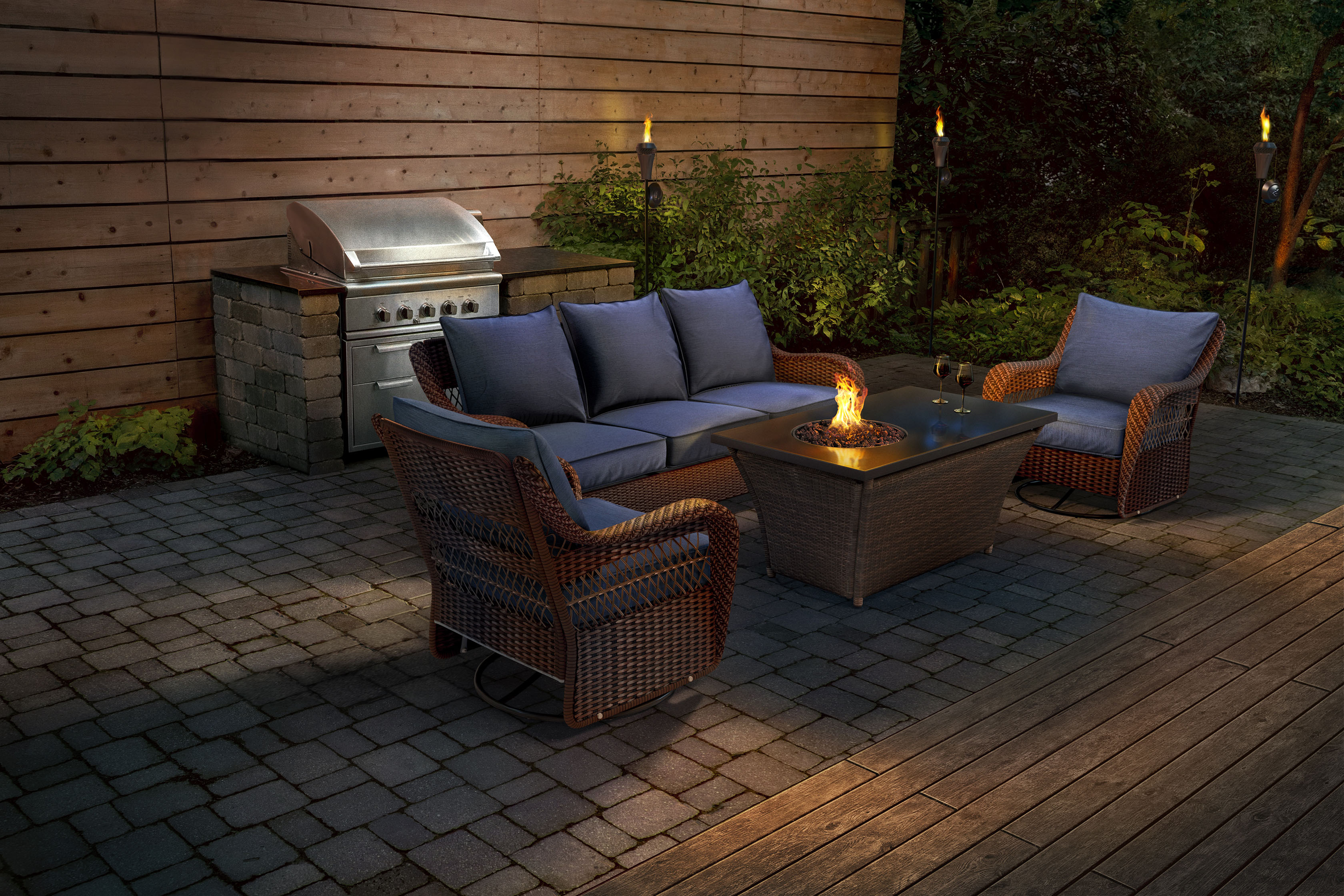 41275_Lowes_Evanston_Patio_v002_Fire_Table_Edges